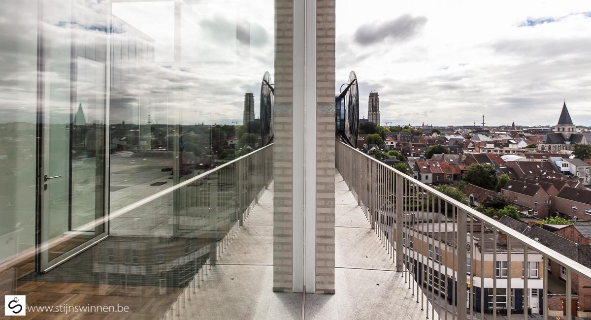 OOG installatie vanop Museum Dossin Kazerne in Mechelen